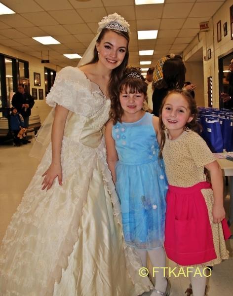 CinderellaMarch3MeetGreetIMG_8454
